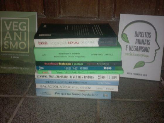 Livros sobre Direitos Animais e veganismo
