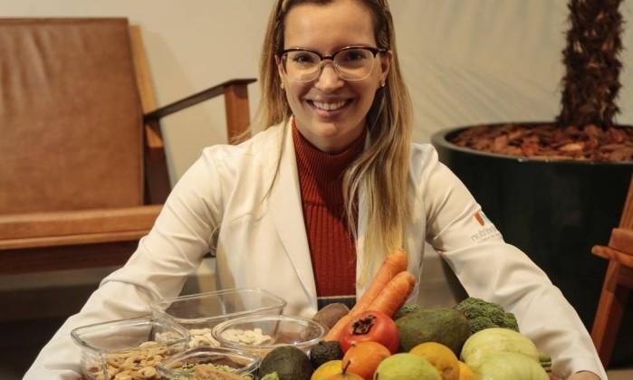 Dra. Luna Azevedo, exemplo de nutricionista que respeita veganos e vegetarianos
